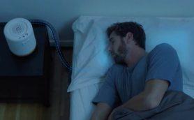 睡眠負債はこれで解決! 枕の温度を自動調節して心地よい眠りに誘う「Moona」で人生が変わる!