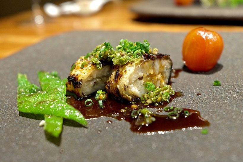 ↑鰻(ウナギ)の香り煎り焼き 山椒と甘醤油ソースで