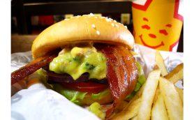 【緊急連載】世間を騒がせた「初上陸系バーガー」のその後――好調「Carl's Jr.®」の絶品「サンタフェソース」とは?