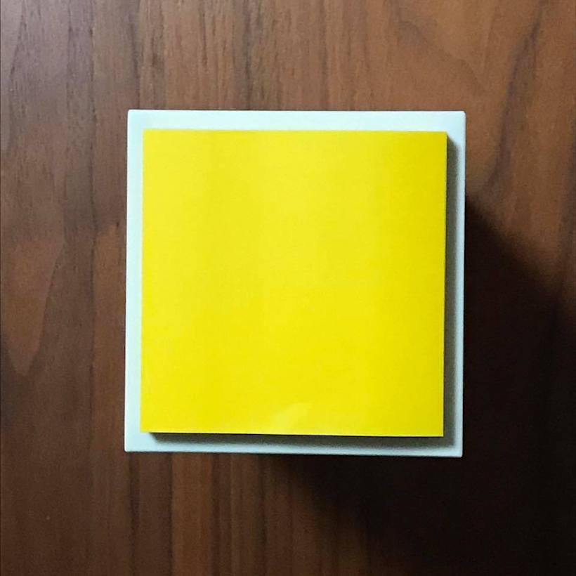 ↑縦置きにすれば、使うスペースは正方形のふせんサイズ程度
