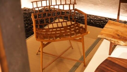 工芸品のような一生モノの椅子が一堂に! 注目の職人集団「KOMA」がこだわる上質な無垢の家具づくり