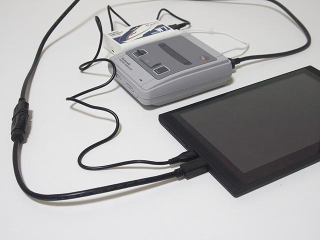 ↑「Diginnos DG-NP09D」のHDMI端子はminiタイプで、一般的なHDMIに変換するための変換コネクタが同梱されています