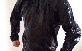 サウナスーツは100均でOK! 秋・冬太りを防ぐために持っておきたい筋トレ&運動グッズ5選