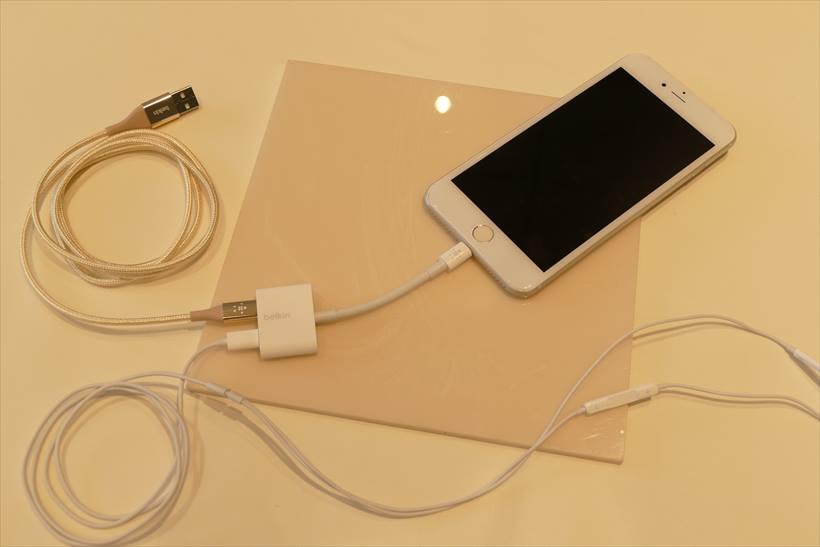 ↑「3.5mm Audio + Charge RockStar」(Apple Store価格で4280円+税)