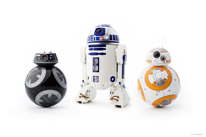 ↑スフィロ「App-Enabled Droid」(アップ イネーブルド ドロイド)シリーズ。左から「BB-9E」、「R2-D2」、「BB-8」