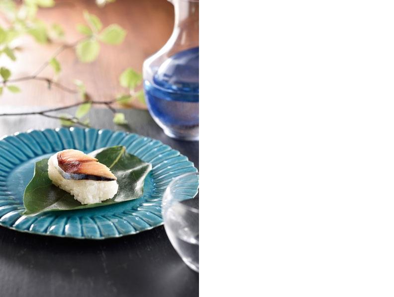 ↑サバの身を使った柿の葉寿司。海のない奈良県では、何よりの ごちそうでした
