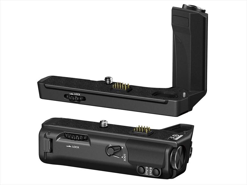 ↑別売のパワーバッテリーホルダーはカメラグリップ部とバッテリーホルダー部が分離できる。カメラグリップ部にはヘッドフォン端子を搭載し、動画撮影にも重宝する