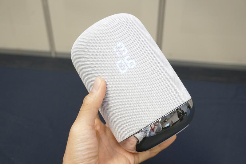 ↑Googleアシスタントを搭載したソニーのAIスピーカー「LF-S50G」