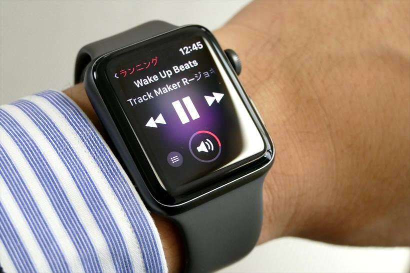 ↑Apple Watch本体に保存した楽曲を再生