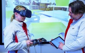 海外にいながらドイツ工場の作業を体験! アウディが従業員研修にVRを導入