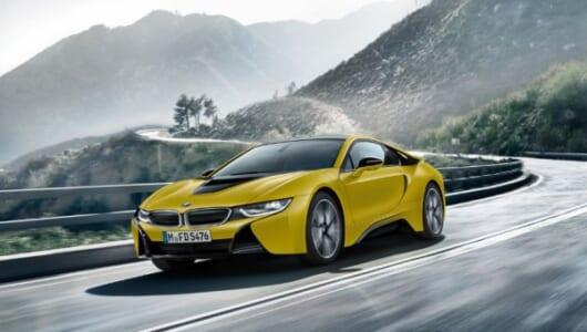 イエローのマットカラーが鮮烈! BMW i8の限定モデルが発売