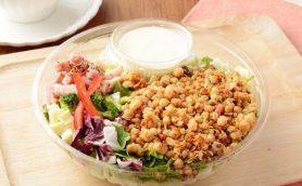 サラダ史上最強のボリューム!? NYで大流行の「チョップドサラダ」をローソンが販売