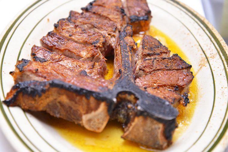 ↑ベンジャミンステーキハウスの「ステーキ」