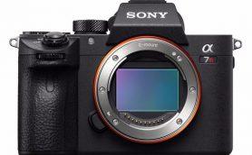 画質とスピードを磨き上げたフルサイズミラーレス一眼カメラ「ソニー α7R III」