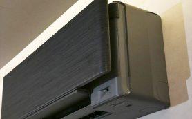 開発者が「未完成なデザイン」と認めるエアコンって? 色・質感が違う7つのパネルに込めたダイキンの意図