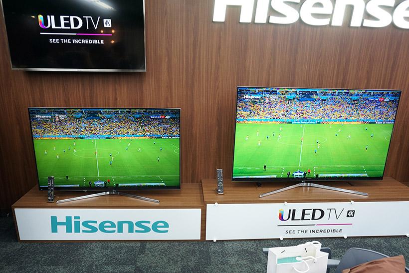 ↑↑55型の「HJ55N8000」(左)と65型の「HJ65N8000」(右)
