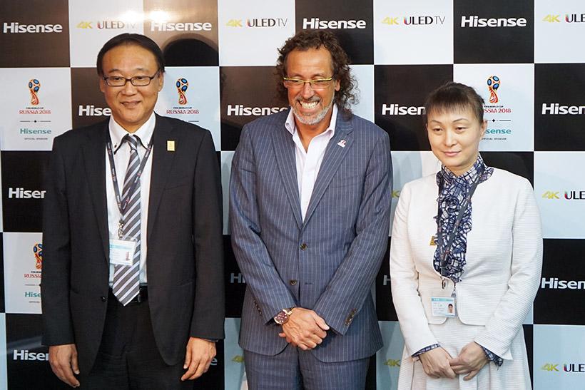 ↑ハイセンスジャパンの磯辺浩孝副社長(左)と、李 文麗社長(右)