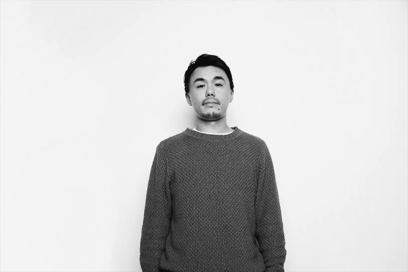 ↑HOLE AND HOLLANDとして2011年に発売されたV.A『RIDE MUSIC』では自身の楽曲の他にYOKOYOKO、MamazuのEDITを手掛け、BOREDOMSのEYEなど多数のDJによってプレイされる。2016年に待望のソロ名義では初となる12inch『GNAH EP』をリリース