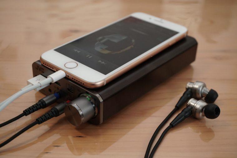 ↑iPhone 8につないでハイレゾ音源を再生してみた