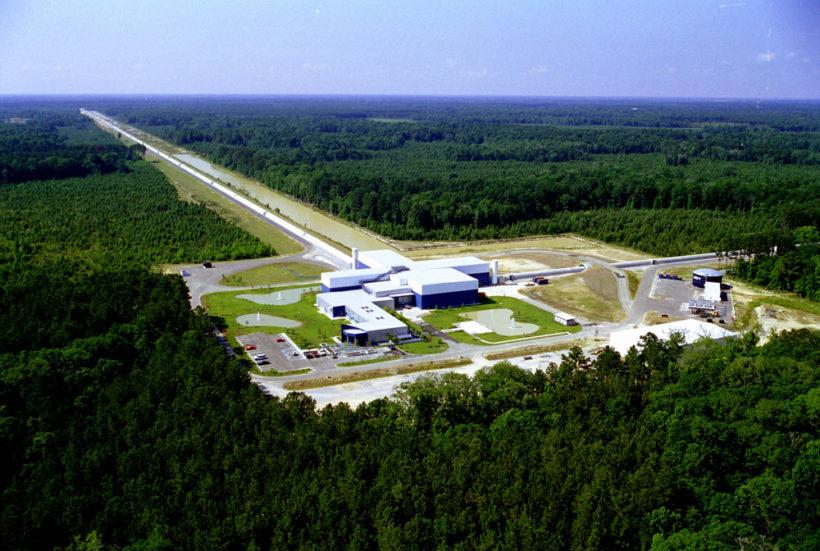 LIGO(レーザー重力波観測所)の施設。2016年2月、重力波を観測することに成功した。