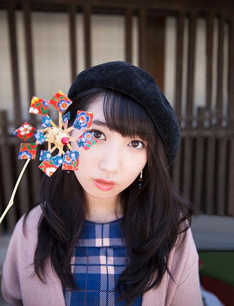 ↑歌手・上野優華さんのミニライブも
