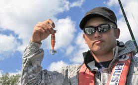 IWGP王者オカダ・カズチカが「なるほど」連発! バス釣り未経験者も納得できる「やさしいルアー講座 in 琵琶湖」