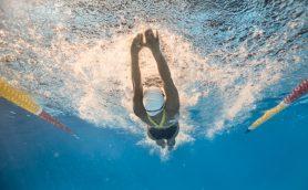 藤森慎吾さん「めちゃめちゃきついよ」 水泳が苦手でも挑戦できる最新水中トレーニング