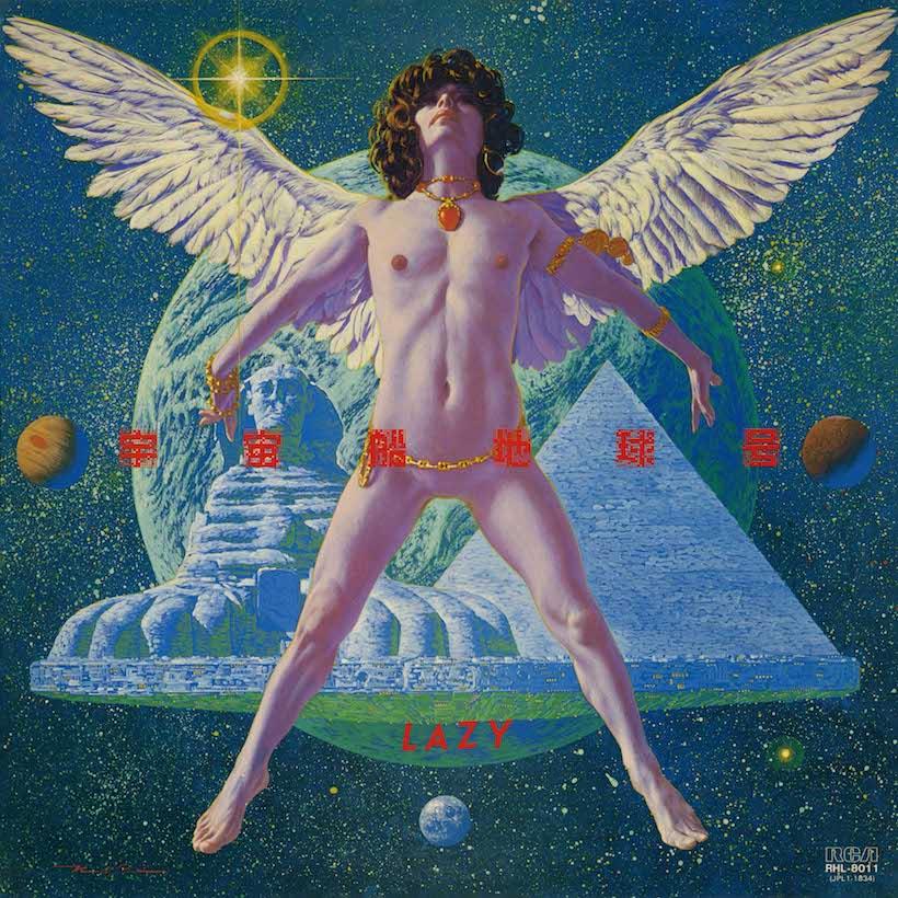 ↑第1期レイジーのラスト・アルバムとなった『宇宙船地球号』(80年12月16日発売)。アイドルを脱却し、彼らがもともと目指していたハードロック路線に立ち帰った作品。発表当時よりも後年になってから評価され、いまでは日本のハードロックの金字塔ともされている。(『宇宙船地球号』1851円/ソニー・ミュージックダイレクト)