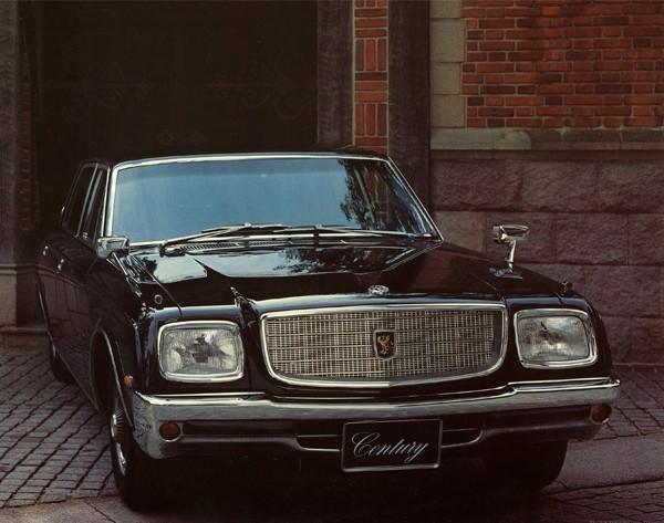マイナーチェンジ後の1973年モデル。搭載ユニットが変更されたが、エクステリアに大きな変化はない