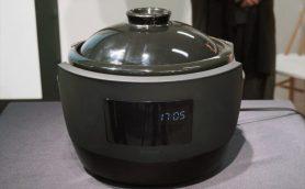 ブレイク中の窯元は、なぜ大企業を蹴って新参メーカーと組んだのか? 土鍋炊飯器「かまどさん電気」誕生のナゾ