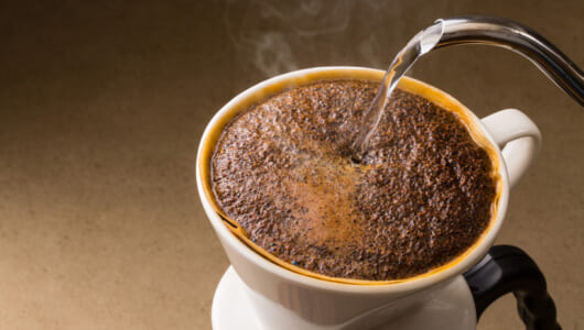 コーヒーの「ペーパードリップ」は妻の愛から始まった! 歴史とともに楽しみたい最新コーヒー家電がコレ