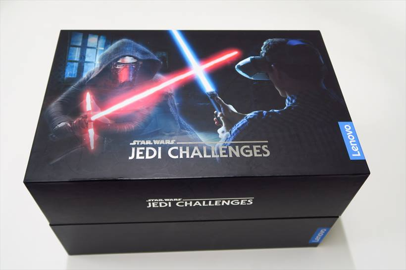↑「Star Wars/ジェダイ・チャレンジ」のパッケージ。このなかにジェダイになれるセット一式が入っている