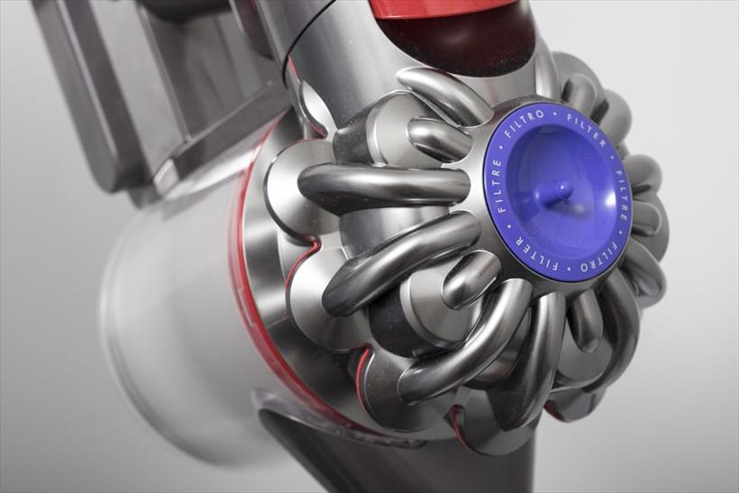 ↑ダストビンの上に位置する2 Tier Radial™ サイクロン