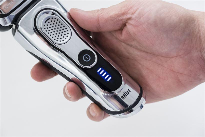 ↑スタートボタンを押すと5段階の目盛りでバッテリー残量が表示されます