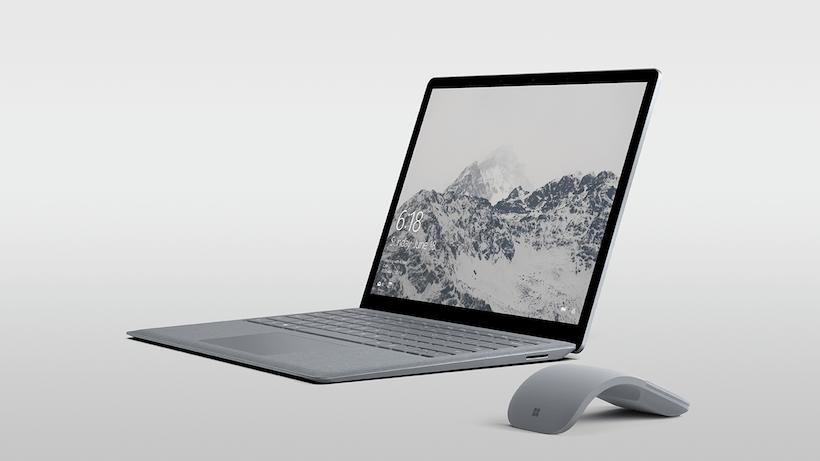 ↑Surface Laptop。2017年7月20日発売。実勢価格は13万6944円(税込)~