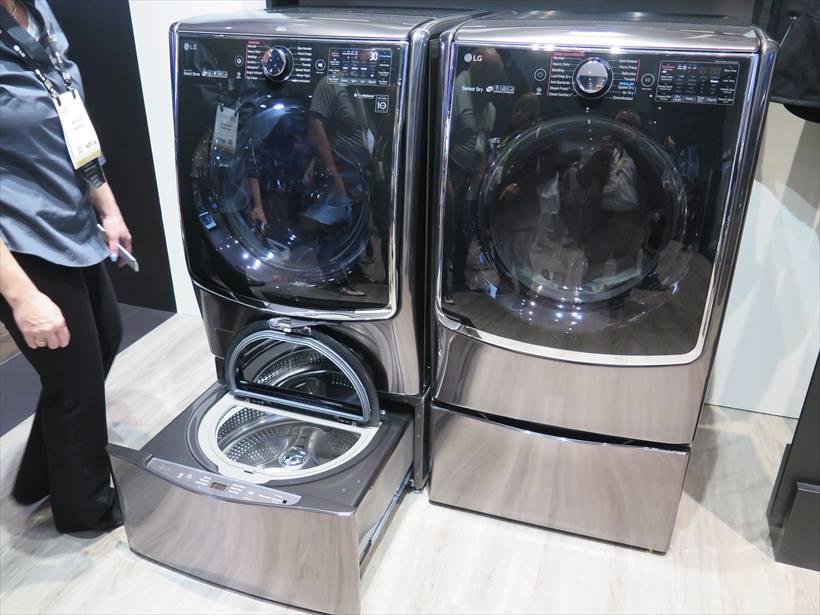 ↑二層式の洗濯機・乾燥機もAI対応
