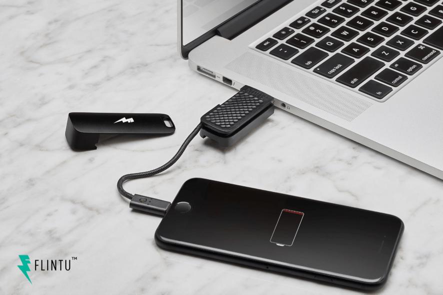 出典画像:「乾電池が使える小容量モバイルバッテリー SideKick USBメモリ機能付」CAMPFIRE より