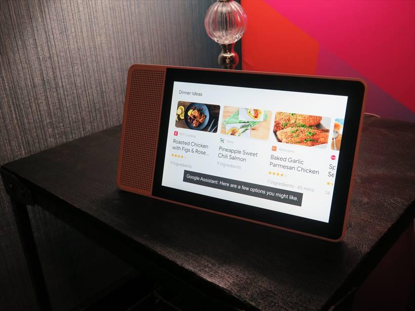 ↑レノボがCES 2018で発表した「Lenovo Smart Display」