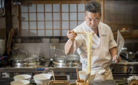 神奈川最西端で美しいまでの職人技によって麺まで香り立つ「飯田商店」――サニーデイ・サービス田中 貴とRockなRamen