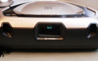↑レーザーが障害物や壁面に当たり、反射した光を中央のカメラで読み取っています