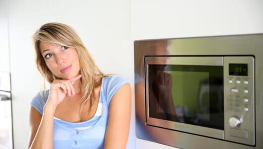 炊飯器がなくても電子レンジとマグカップで炊きたてのごはんが食べられる!