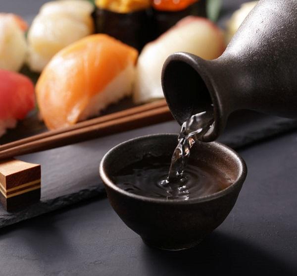 74607617 - sushi japanese food