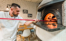 「ピザの味は窯で決まる」ならば、ピザ窯から作ればいいじゃないか!