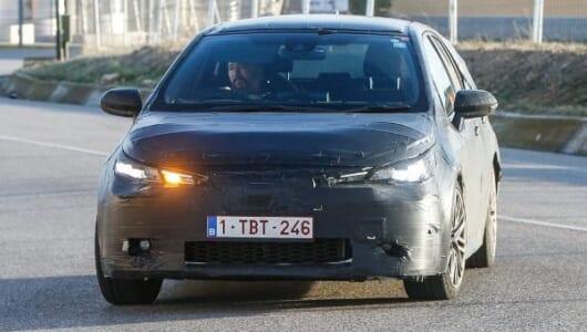 トヨタC-HR風のヘッドライトのオーリス後継モデルとは!?