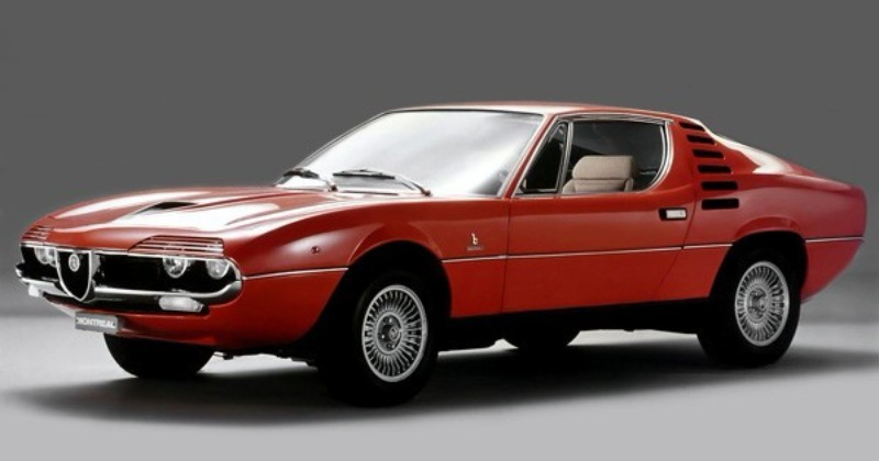 全長4220×全幅1672×全高1205mm、公表値の最高速度は220km/h、0→100km/h加速は7.4秒。ポルシェ911などのスポーツカーよりもはるかに高いプライスラグをつけていた