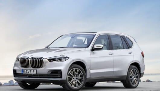 次期型BMW「X5」はこれだ! シンプルなフロントエンドが特徴的