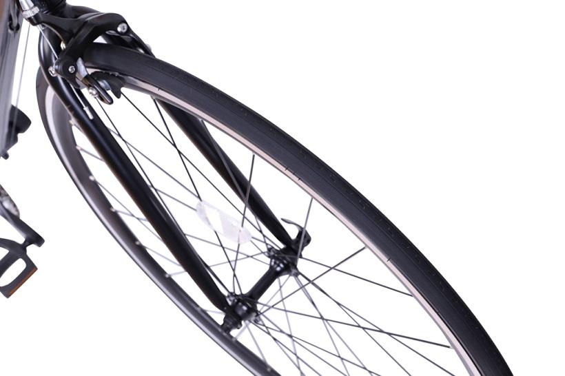 ↑太めのタイヤで安定性を高めている