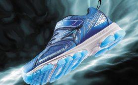 かけっこで少しでも速く走りたいお子さんに! アキレス「瞬足」の次世代運動靴「SYUNSOKU PHANTOM」