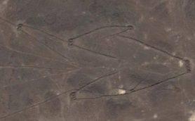 【ムー謎の巨大構造物】天空神へのメッセージか?アラビアの巨大地上絵カイトサイトの謎