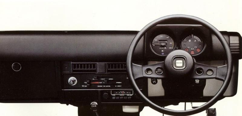 軽自動車規格いっぱいまで広げた快適性の高いインテリア